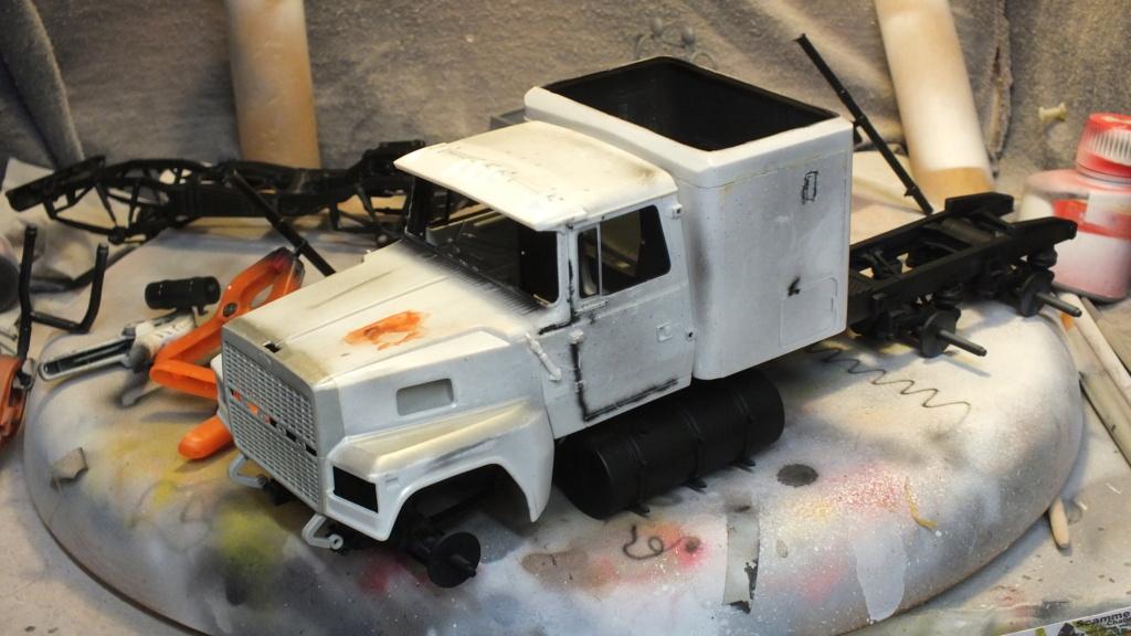 Ford LTL 9000 Revell 1/24 réf:07553 Dscf6623