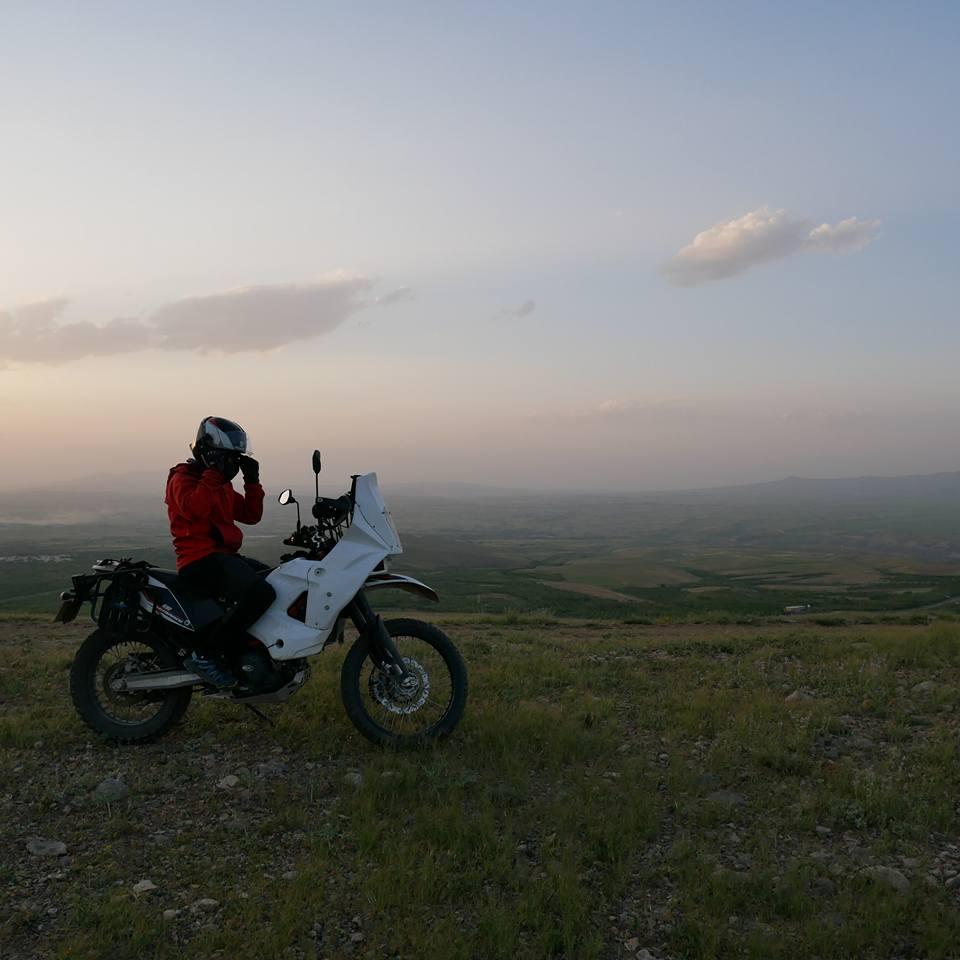 Vos plus belles photos de motos - Page 31 35267610