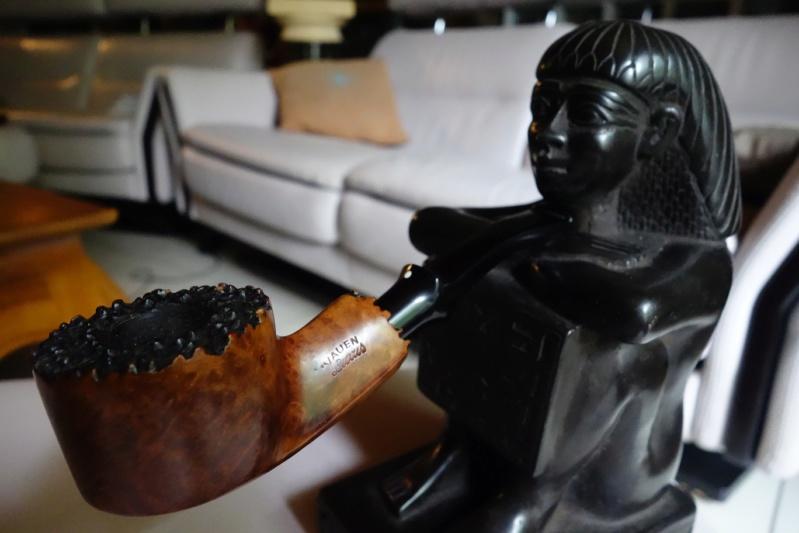 Si cette ambre fait ton tuyau, quelle matière fait ton fourneau ? (6 septembre)  Dsc08811