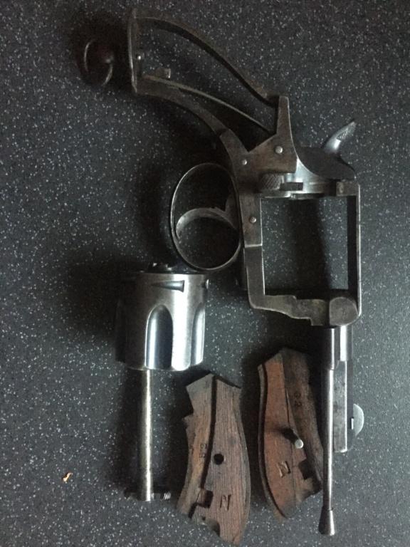 Revolver police cantonale  8004fc10