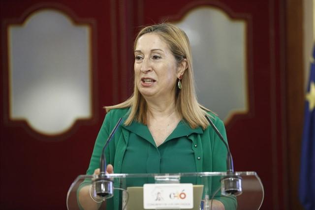 PP | Ana Pastor: «Agradezco a Su Majestad el Rey haber depositado en mí su confianza.» 5b924510