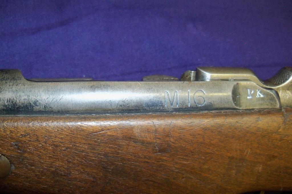 Nombre de mousquetons 1892 M16 produits - Page 4 100_8413
