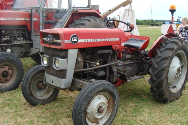"""* """"Les Tracteurs anciens (agricole)"""" - Page 2 Dsc03012"""