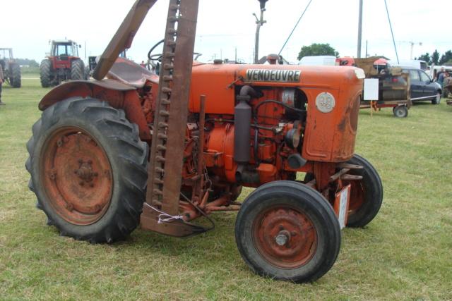 """* """"Les Tracteurs anciens (agricole)"""" - Page 2 Dsc03013"""
