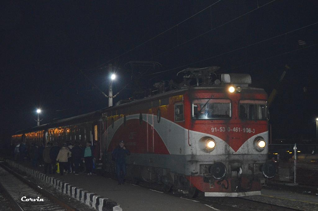Locomotive clasa 46 - Pagina 58 Dsc_0175