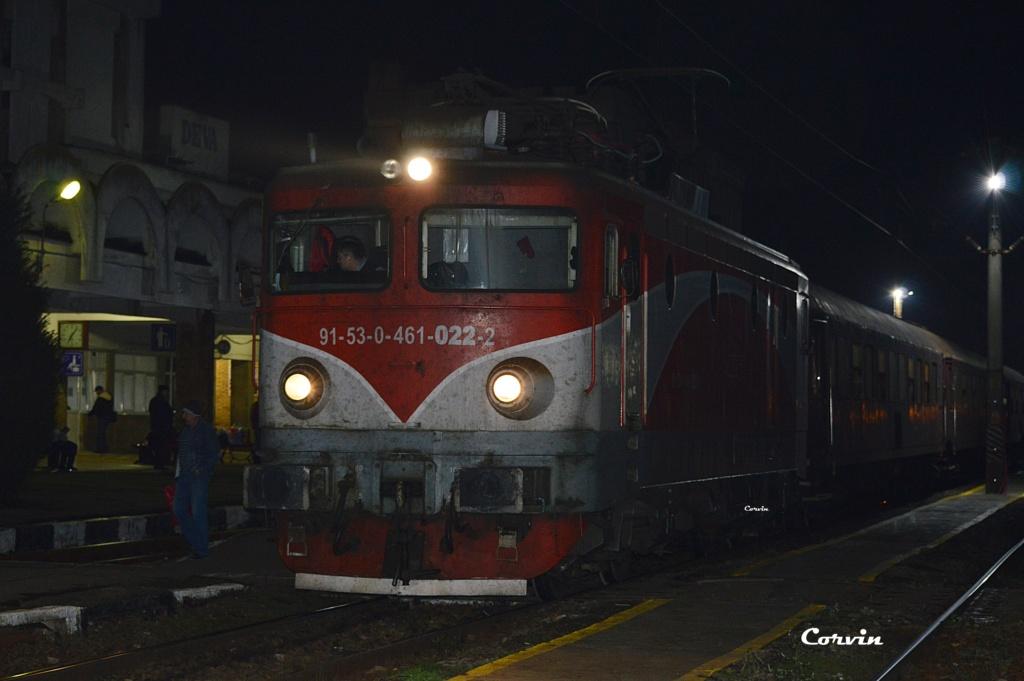 Locomotive clasa 46 - Pagina 58 Dsc_0235