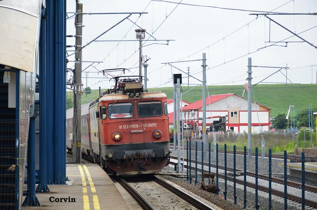 Locomotive clasa 410 - Pagina 29 Dsc_0375