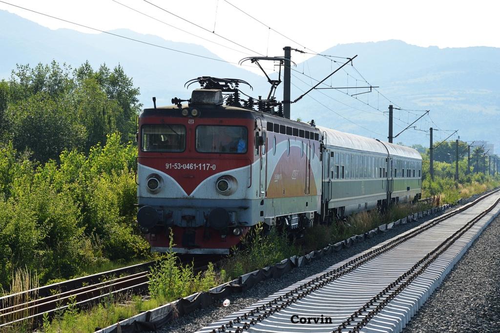 Locomotive clasa 46 - Pagina 58 Dsc_0503