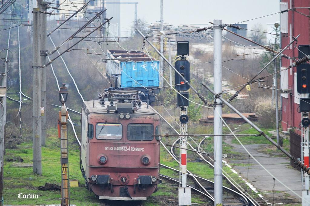 Locomotive clasa 400 - Pagina 7 Dsc_1050