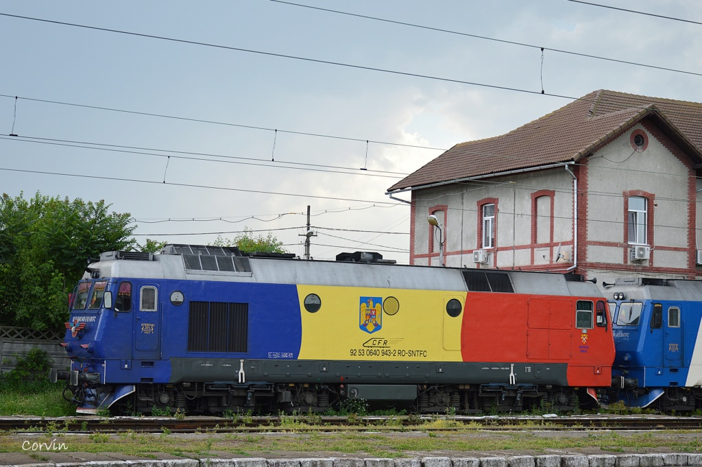 Locomotive clasa 63 si 65 - Pagina 32 Dsc_1062