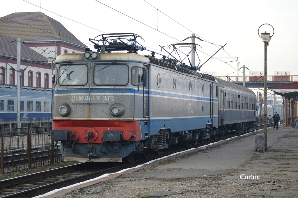 Locomotive clasa 400 - Pagina 7 Dsc_3310