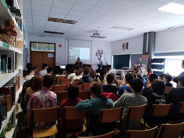 Charla IES Miraflores de Oleiros, visita de los chicos a Gatocan y campaña solidaria Img_2013