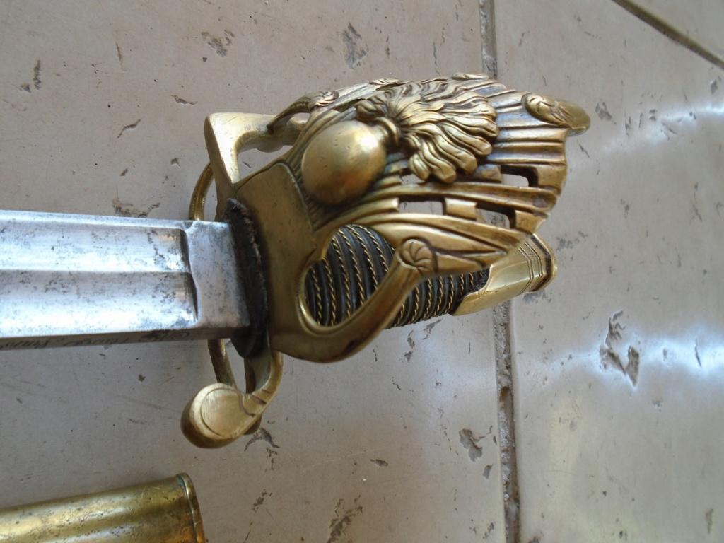 que pensez vous de ce sabre: authentique ou non? 00210