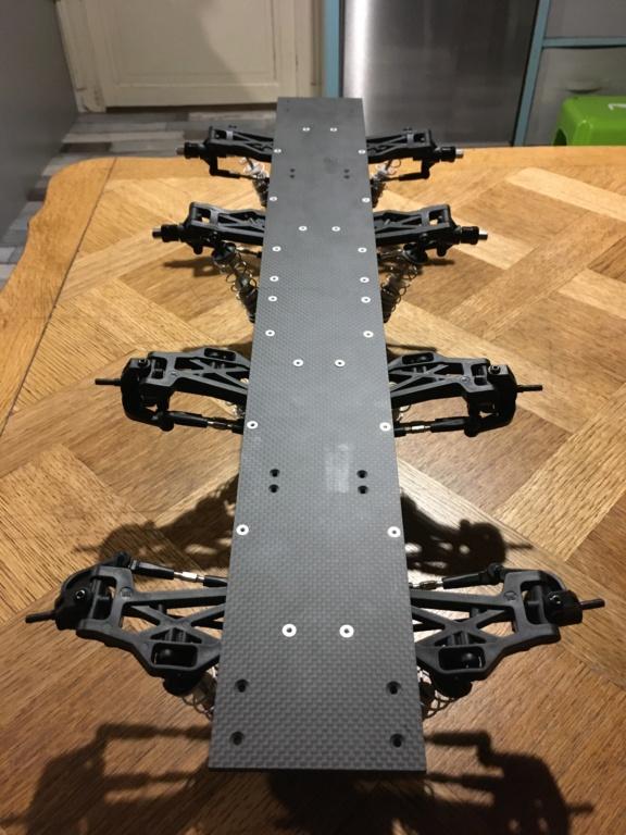 Hobbytech BXR - S1 8x8 mystère ! Img_0512