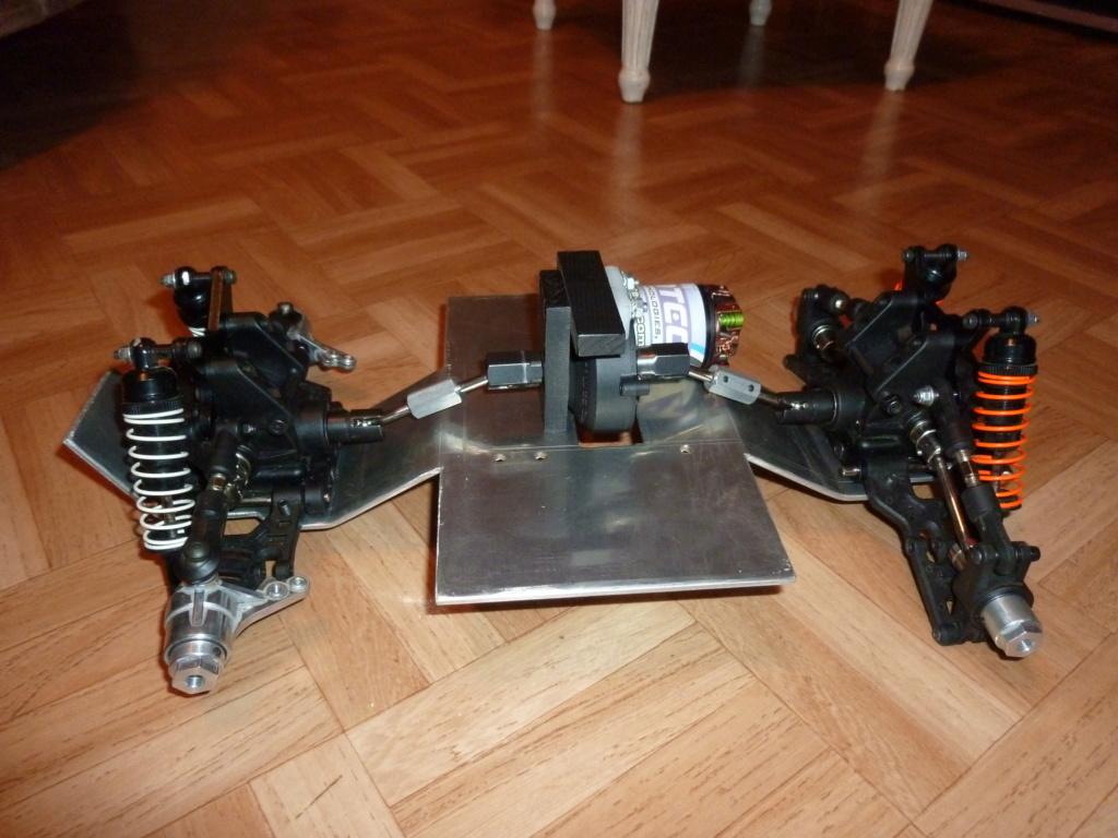 Hobbytech BXR - S1 8x8 mystère ! P1020012