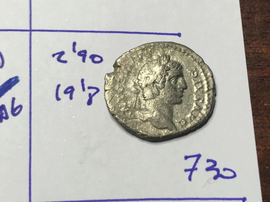 Denario de Caracalla. PONTIF TR P X COS II. Marte avanzando a dcha. Roma. Img_8412