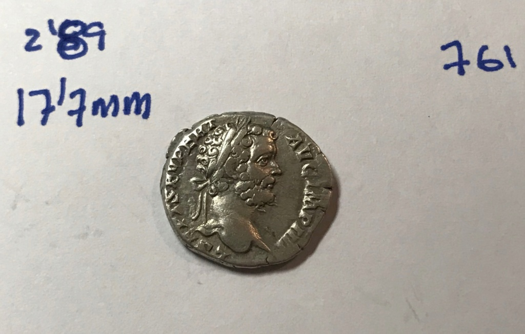 Denario de Septimio Severo. P M TR P II COS II P P. Minerva estante a izq. Roma. Img_8515