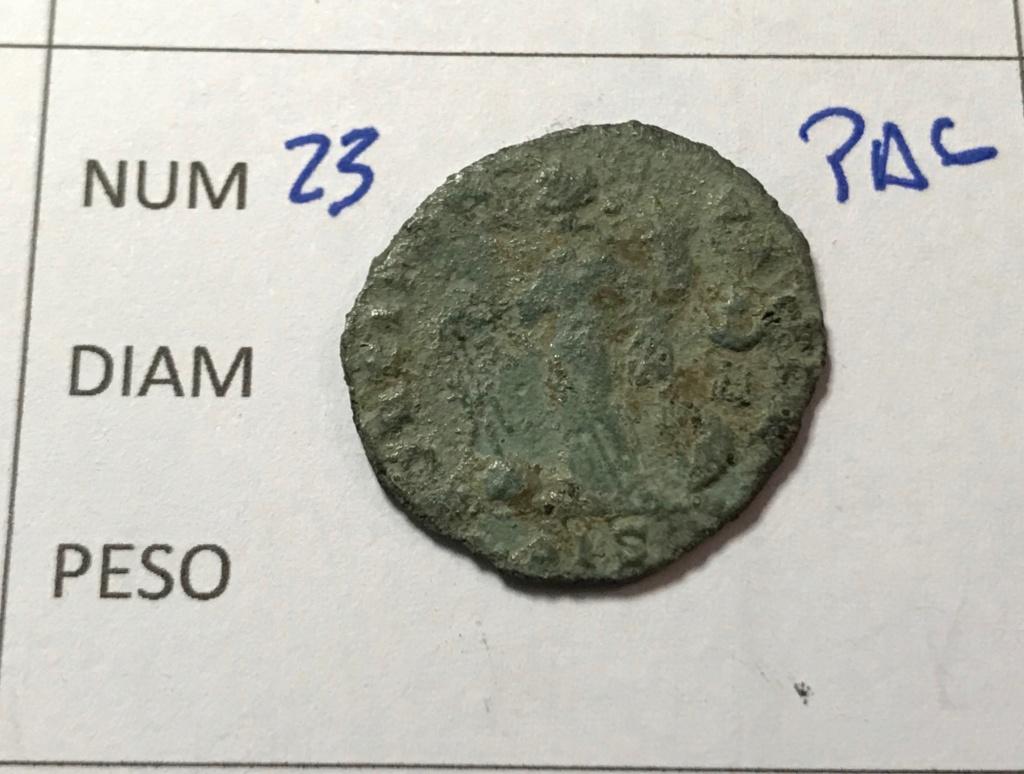 Nummus de Galerio Maximiano. FORTI FORTVNAE. Fortuna estante a izq. Siscia. Img_8615