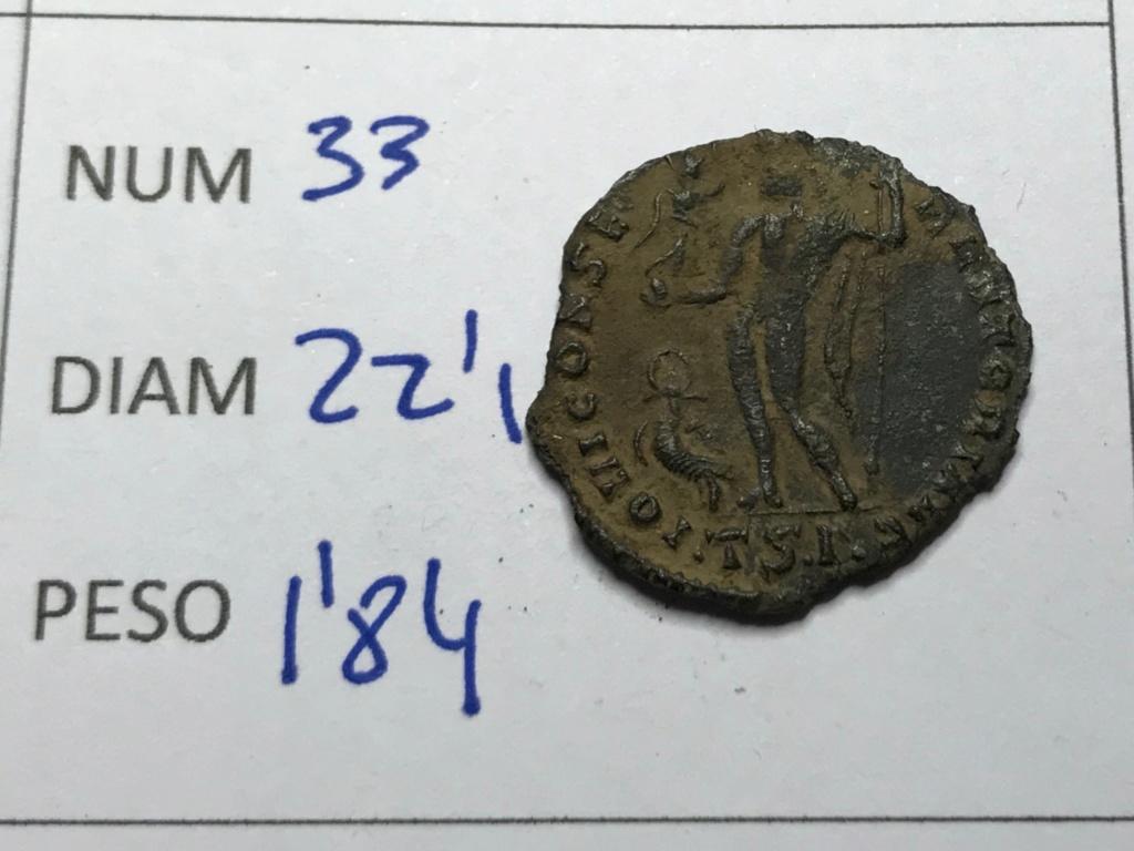 Nummus de Licinio I. IOVI CONSERVATORI AVG. Júpiter estante a izq. Tesalónica. Img_8622
