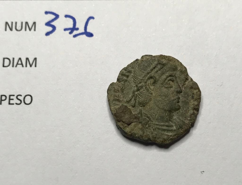 AE3 de Valentiniano I. SECVRITAS - REIPVBLICAE. Victoria avanzado a izq. Siscia. Img_8921