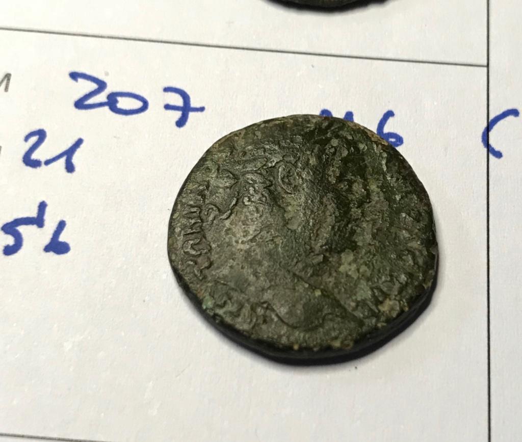AE21 provincial - Prusa ad Olympum en Bithynia - Templo de 6 columnas Img_9010