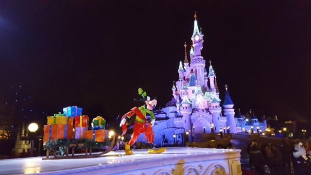 [Saison] Le Noël Enchanté Disney : une célébration Mickeyfique (2018-2019) - Page 17 20181115