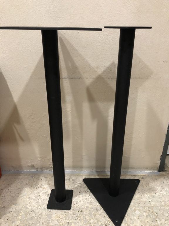 Stand (Sold) 1f942210