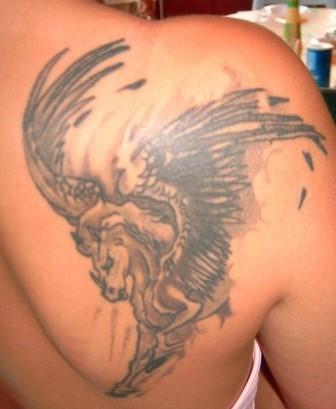 Des tatouages ? 22727310