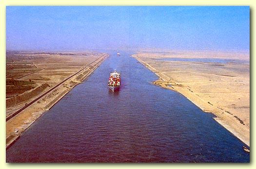 [ Histoires et histoire ] HISTOIRE DE MES NAVIRES - Page 2 Suez110
