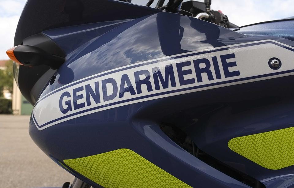 pas sympas, les Gendarmes de la Drôme.... Moto-g10