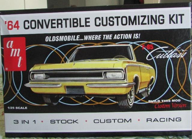 1964 Oldsmobile F85 Cutlass décapotalbe de AMT!  00375