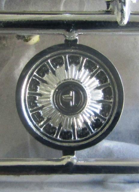 1964 Oldsmobile F85 Cutlass décapotalbe de AMT!  01347