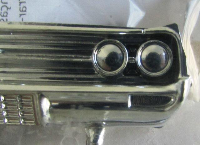 1964 Oldsmobile F85 Cutlass décapotalbe de AMT!  01650