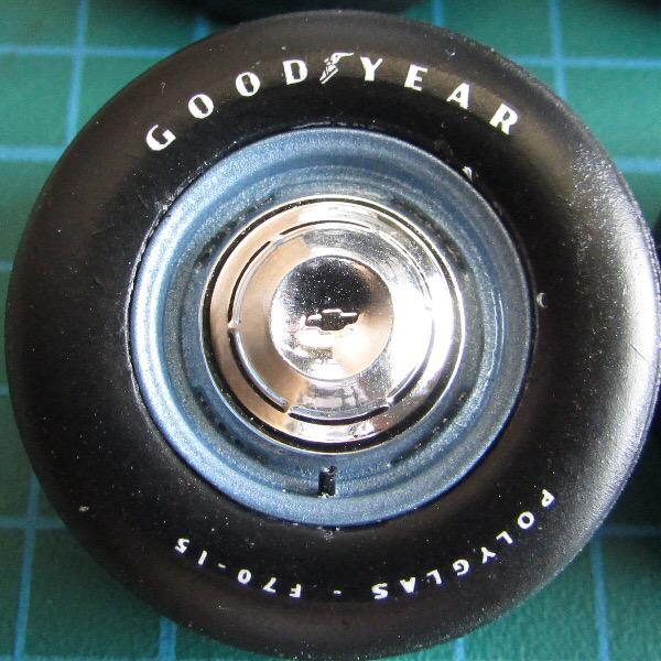 Problème de vernis sur pneus 55937810