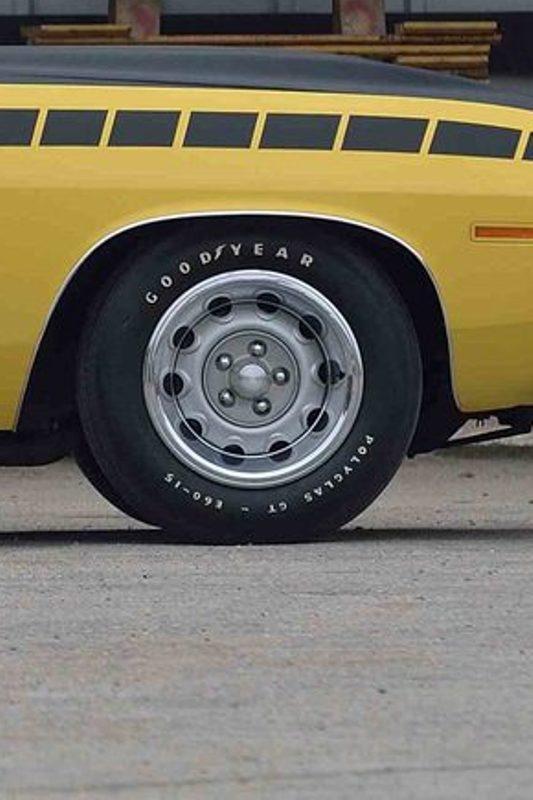 La Barracuda AAR 1970! REVELL  Copie_13