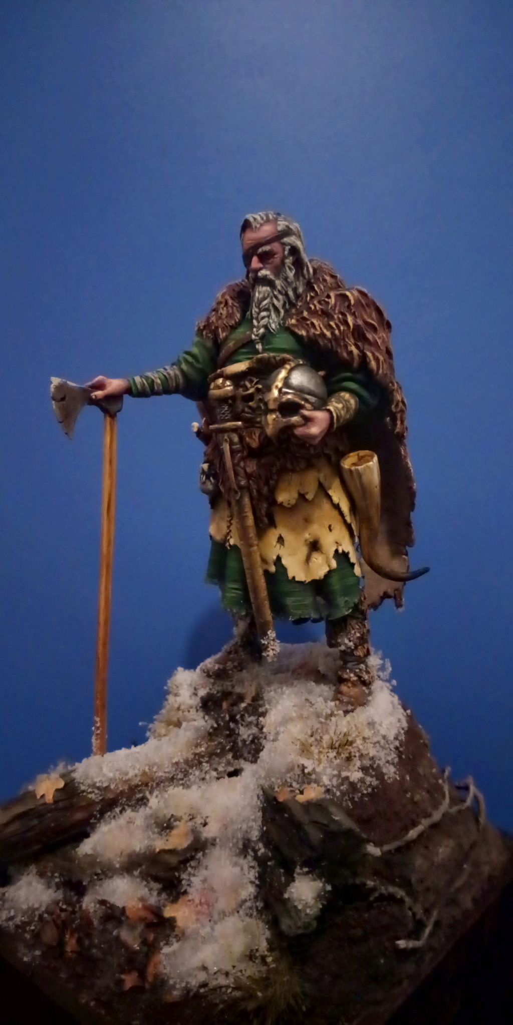Guerrier viking - masterclass- 75mm - Terminé - Page 2 V110