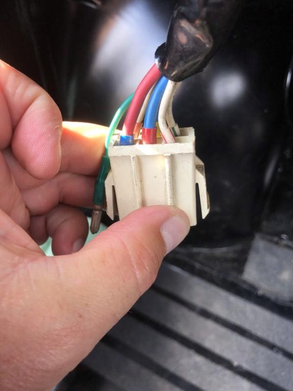 Identification fils sortie Comodo Af20ef10