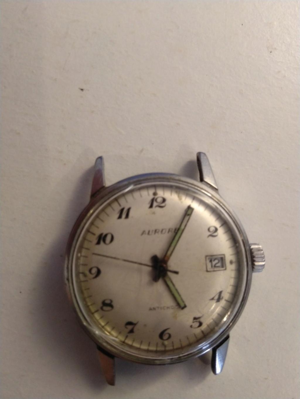 ZENITH -  [Postez ICI les demandes d'IDENTIFICATION et RENSEIGNEMENTS de vos montres] - Page 16 Img_2038