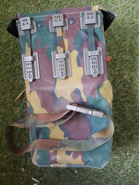 belgian army vest 20210522