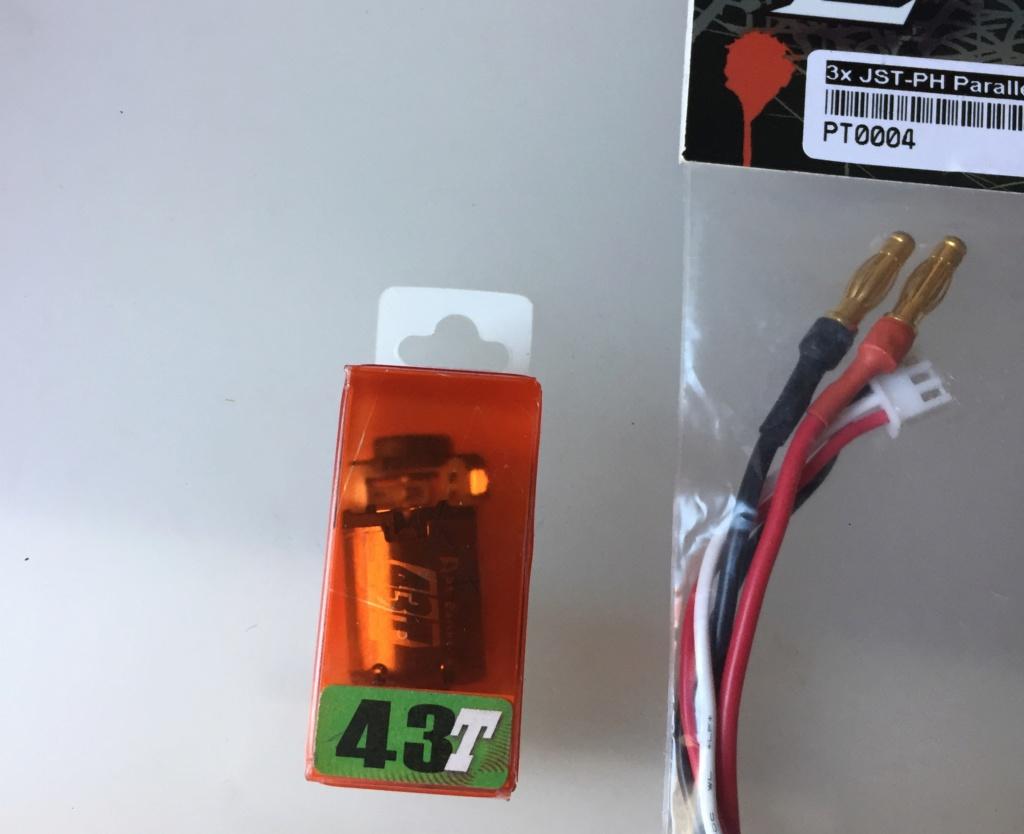 (VENDUE) Pieces MR03 et GLR neuf 3e733410
