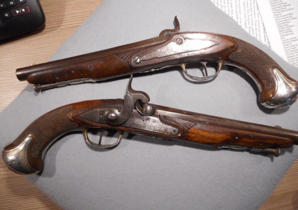 Paire de pistolets 20210211