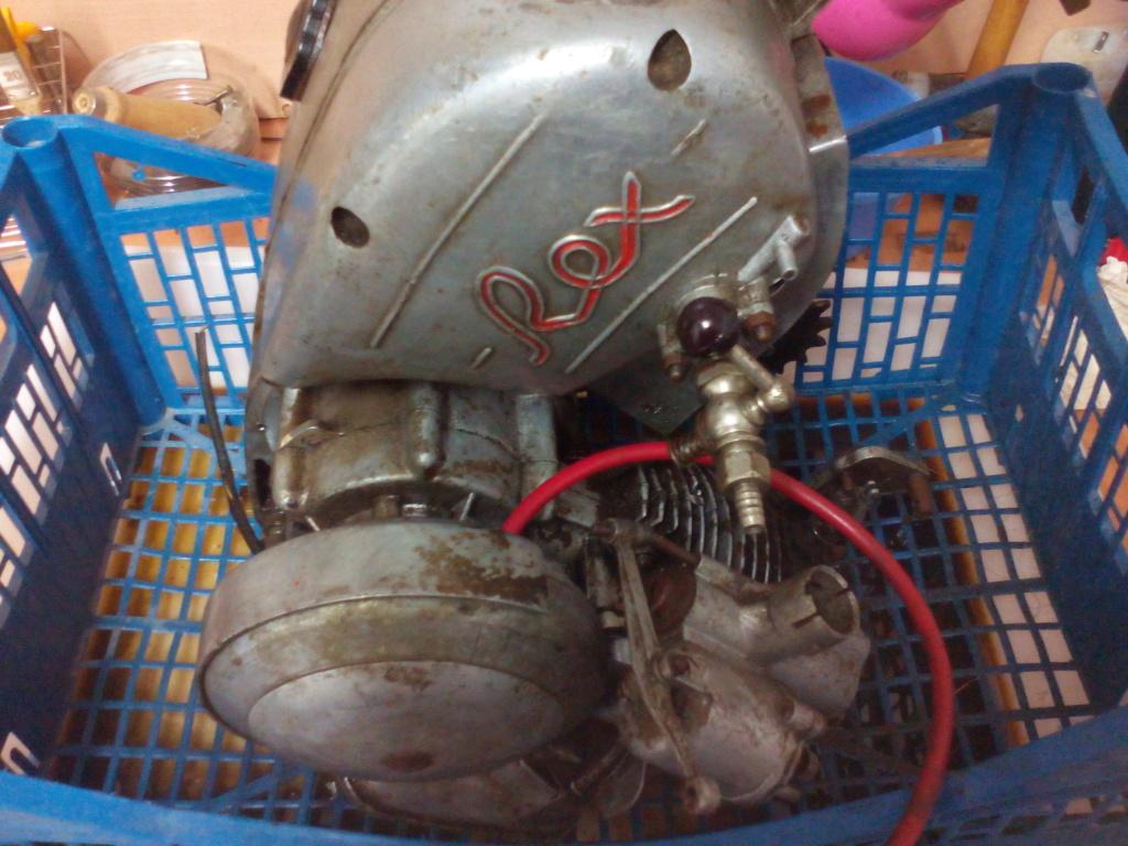 Nuevo motor Rex para la colección 15613112