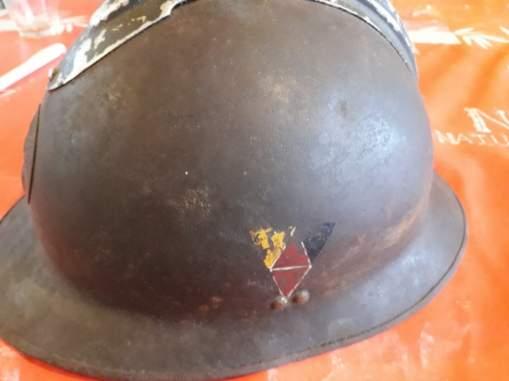 insigne sur casque adrian 15996310