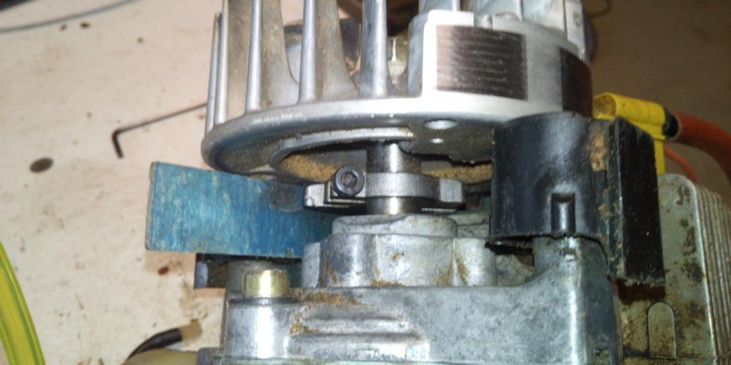 manutenzione castor cx.40 del 1999 Img_2013