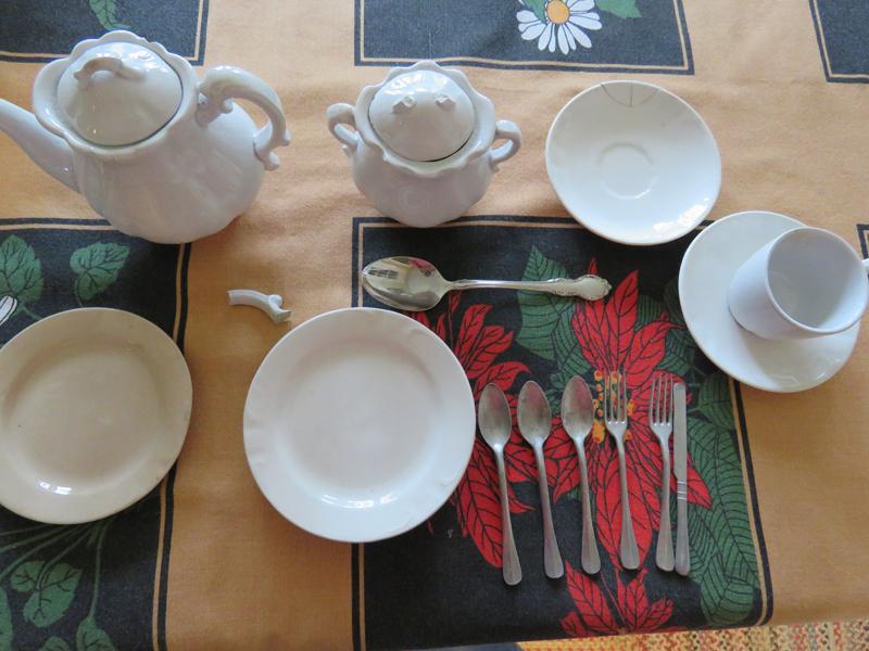 Tea service - Palissey China, Ohio  Set_4011