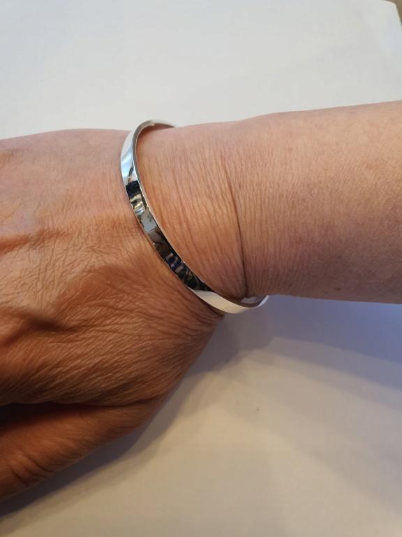 Un petit bracelet tout simple. 20200624