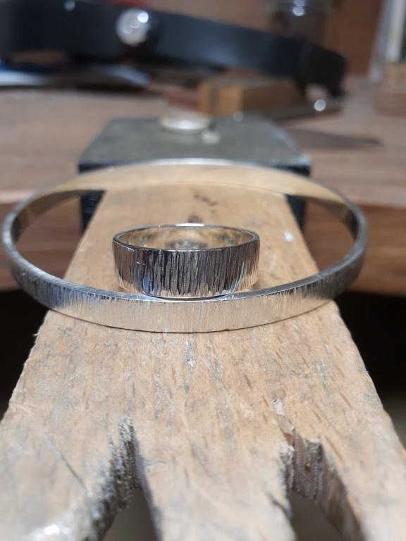 Un petit bracelet tout simple. 20200629
