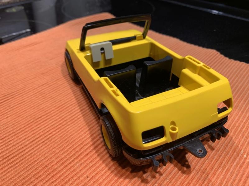 Démonter une voiture vintage Img_1253
