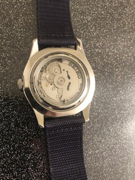 constant - Nouveau dans l univers des montres ( Frederique Constant )  0b10e110