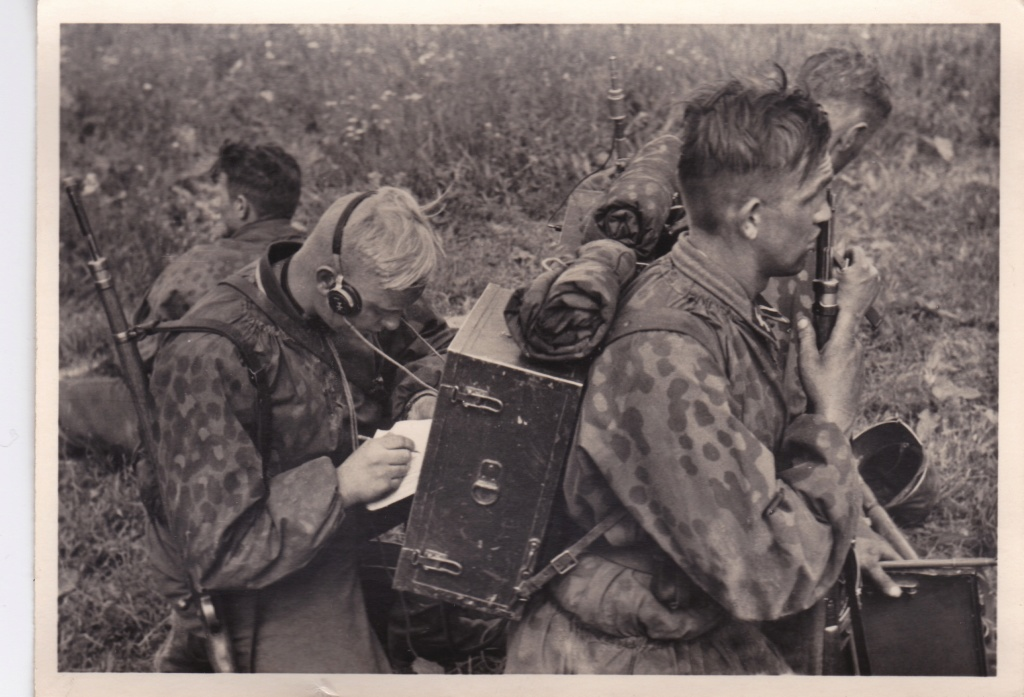 """Cartes postales """"UNSERE WAFFEN SS"""" Img_2040"""